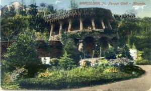 Barcelona Parque Güell 54 Miranda el expectador contempla desde este sitio la bella visión de Barcelona . ed. Jorge Venini Serie stándar  s/f principios siglo XX color 18 €