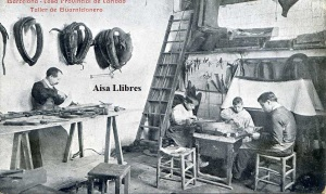 Barcelona Casa Provincial de Caridad Taller de Guarnicionero  ed. Imp. Casa Caridad principios siglo XX 15 €