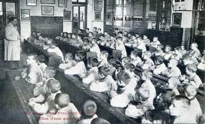 Barcelona  Casa Provincial de Caridad. Niños (Clase superior) Impr. Casa Caridad (Principios siglo XX) 12 €