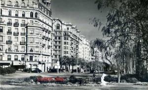 Barcelona Serie 2  nº 40 Plaza Calvo Sotelo escrita al dorso  fotográfica fechada en septiembre de 1951 8 €
