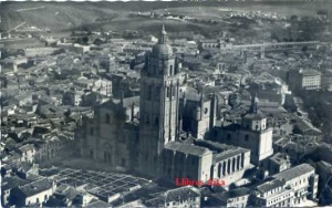 Segovia Aérea La Catedral nº 10 ed. Ediciones García Garrabella Zaragoza . escrita al dorso y fechada el 29-6-1958  4 €