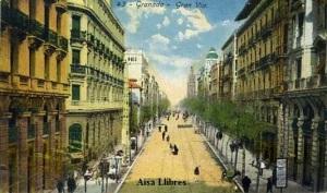 Granada 43 Gran Vía. Ed. Fábrica de postales Casa Reyes Granada s/f  (Siglo XIX) 26 €