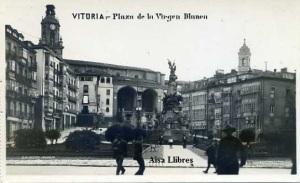 Vitoria Plaza de la Virgen Blanca Fabricación española Márgara. G N Alsina Madrid  s/f (años 40?)  7 €