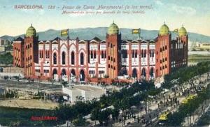 Barcelona 126 Plaza de Toros Monumental (a los toros)  ed. Venini  Barcelona s/f por el dorso algún desperfecto s/f (años 20) 10 €