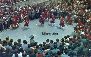 """Berga  nº 3052 La Patum """"Els turcs i caballets"""" Foto cine Luigi Artegráfica de Sabadell 1967 , 6 €"""