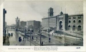 Barcelona Plaza España  2 Plaza de Toros y Hoteles Exposición Hotel Oficial de la exposición . Guillerm 1929. 10 €