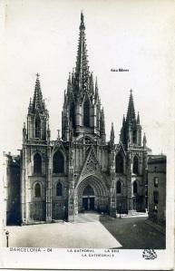 Postal Barcelona nº 64 La Catedral La Seu .ed. Oriol s/f fotográfica con ventanilla años 50  5 €