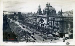 Postal  Barcelona 80 Avenida de José Antonio, Coliseum y Universidad. Ed. Oriol s/f   con ventanilla 1929 probablemente  12 €