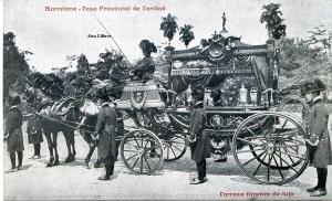 Postal Barcelona Casa Provincial de Caridad  Carroza fúnebre de lujo. Imp casa caridad s/f principios siglo XX. 20 €