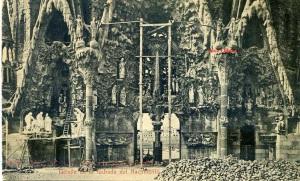 Barcelona 15 Templo de la Sagrada Familia detalle de la fachada del nacimiento. Herederos Vda Plá Barcelona  J Thomas  15 €