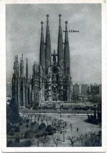 Barcelona  9 Templo expiatorio de la Sagrada Familia Ediciones Pablo Dümmatzen  Barcelona (10)  s/f años 10? Con ventanilla  15 €