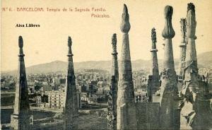 Barcelona nº 6 Templo de la Sagrada Familia  Pináculos. Herederos de Plá. J Thomas Barcelona s/f principios siglo XX, 22 €