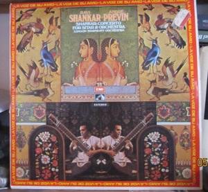 Ravi Shankar André Previn  Shankar Concerto for sitar & orchestra  London Symphony orchestra  La Voz de su amo 1973   50 €