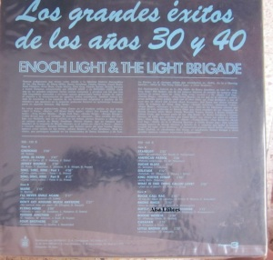 Enoch Light ¬ The Light Brigade Los grandes éxitos de los años 30 y 40 , Madrid 1976  Vinilo Doble 46 € dorso
