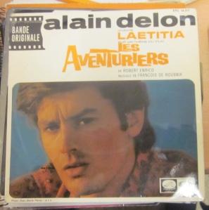 Alain Delon  Chante Laetitia sur un théme du film Les Aventuriers  1967 vinilo 45,  12 €