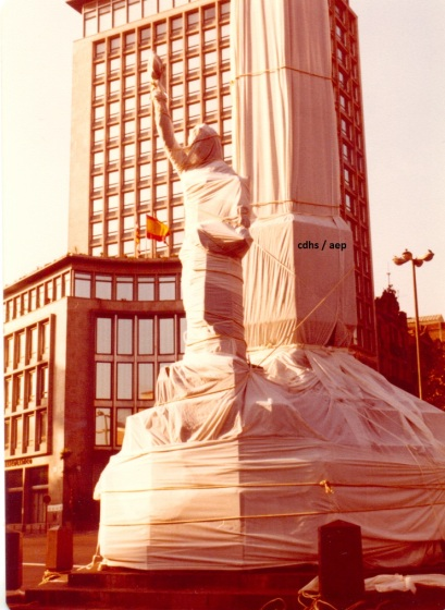 1180 Crhisto embolica l estatua de la victòria anys 70